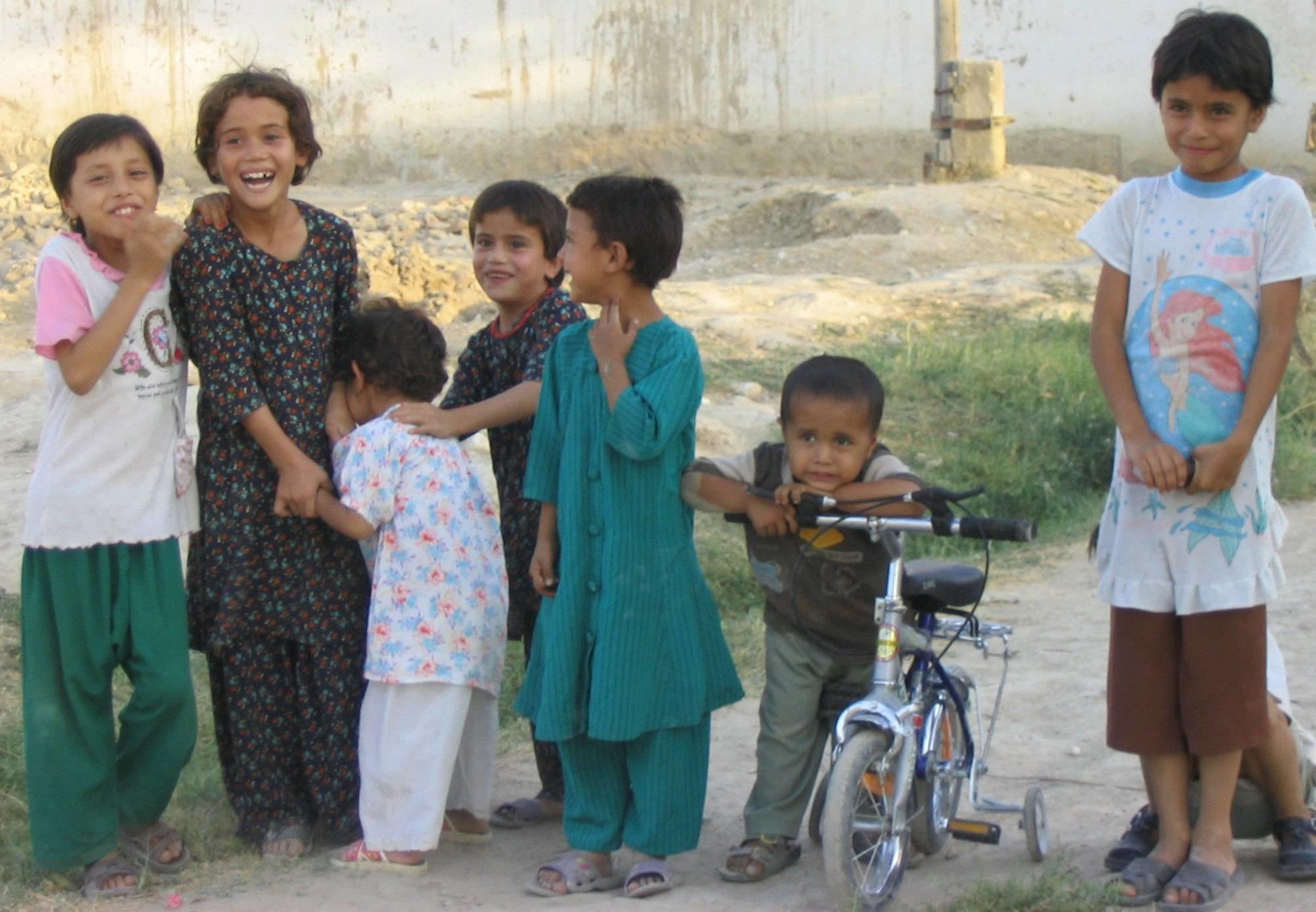 Happy-kids-Afghanistan.jpg